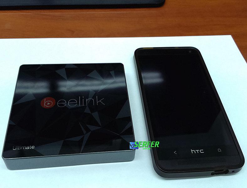 Beelink GT1 Ultimate с телефоном сравнение